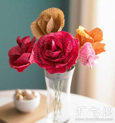 环保手工 正文  旧杂志废物利用diy制做纸玫瑰花的教程,具体制作方法
