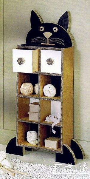 可爱时尚的动物书柜都是用普通的瓦楞纸包装箱的纸板手工diy制作的
