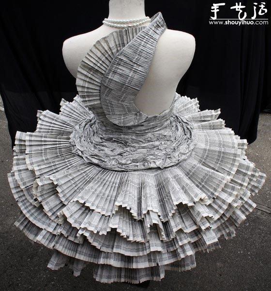 電話簿手工製作的禮服