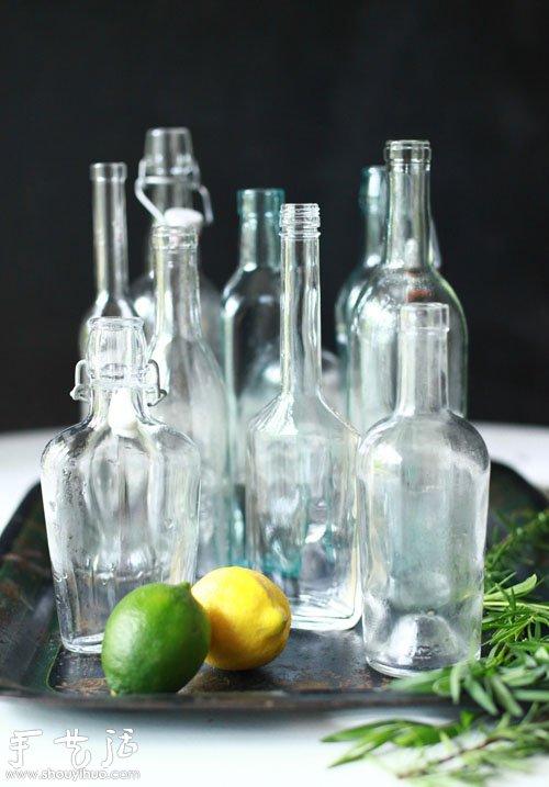 我保存手头的各种废旧玻璃瓶子就是准备拿来做这个.将瓶子消毒和晾干.图片