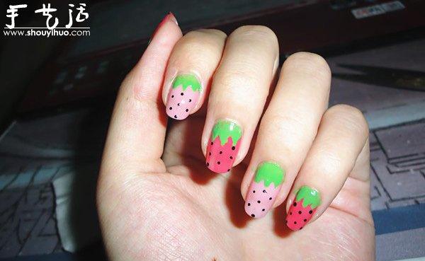 可爱糖果色指甲图案