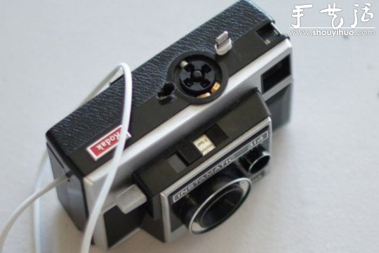 舊相機DIY改裝成iPhone手機充電插座