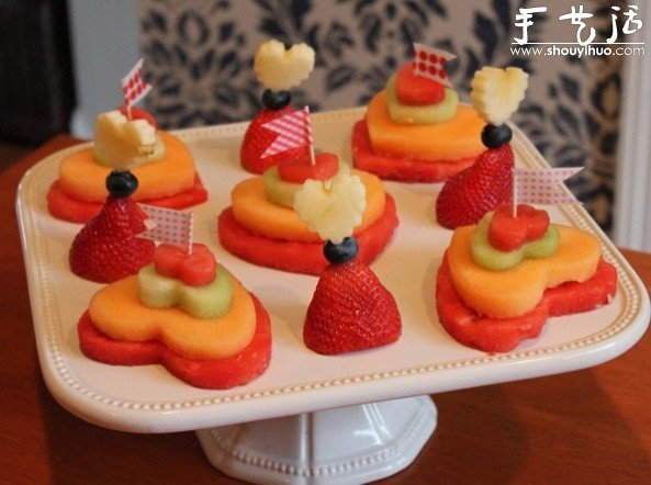 DIY水果拼盘的方法 水果拼盘制作教程