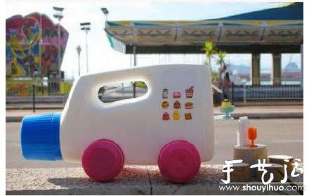 用完的洗衣液瓶子diy快餐车