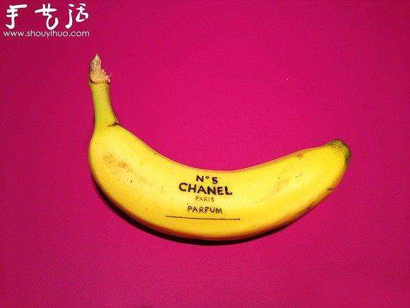 ... 香蕉变成了艺术品。如此美妙的艺术创作,让人怎么