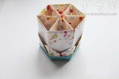 折纸笔筒的手工制作方法