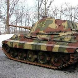 神级技术宅手工制作 超逼真二战坦克模型