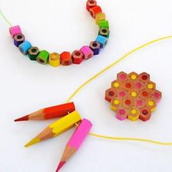 彩色铅笔变废为宝DIY漂亮项链的方法
