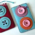 漂亮纽扣和不织布制作的可爱零钱包