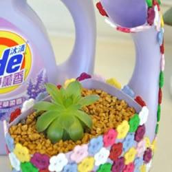 废弃洗衣液塑料瓶diy制作漂亮花盆的教程图片