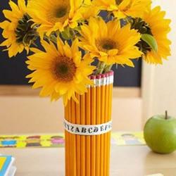 画笔铅笔手工DIY的艺术花瓶