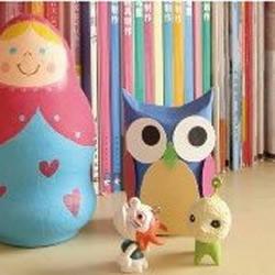 酸奶瓶旧物改造制成娃娃