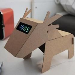 用硬纸板折叠DIY而成的家居用品