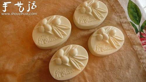 自制手工皂的教程 DIY橄榄油香皂的方法 -  www.shouyihuo.com