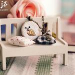 十字绣DIY制作的精美小饰品