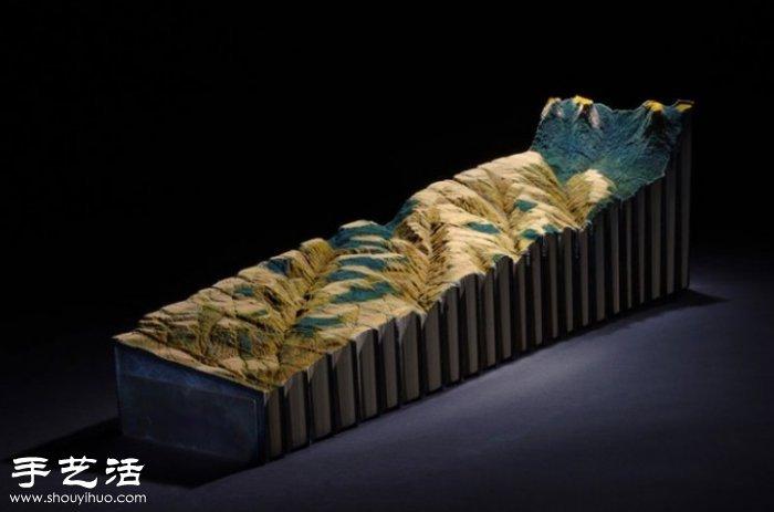 《大英百科全書》創作的書雕 向傳統印刷說再見~