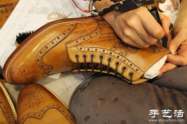 紋身藝術在皮靴上的運用
