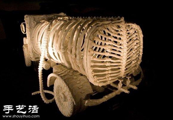 印度藝術家DIY的史前怪獸汽車模型