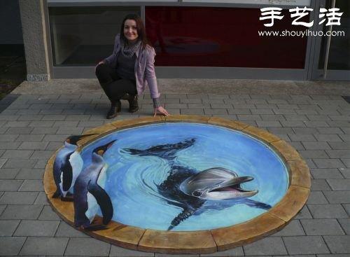 绘出逼真的3d绘画作品,被牵着在街上溜达的狮子,街头泳池游泳的海豚