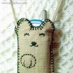 自制猫咪图案手机袋的方法
