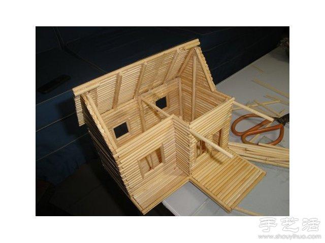 一次性筷子变废为宝 手工制作小木屋模型(2)