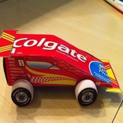 牙膏盒+吸管+瓶盖 手工制作玩具小汽车