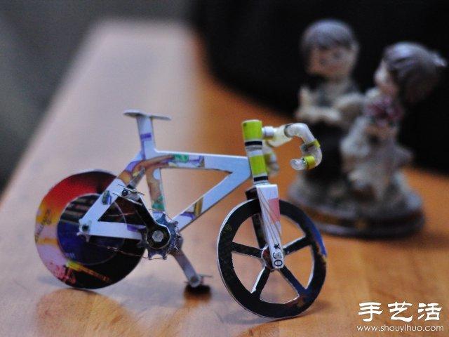 一位网友耗时两周纯手工制作的迷你自行车