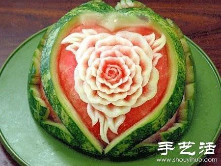 美食菜谱 水果拼盘  精美绝伦的的西瓜雕刻艺术