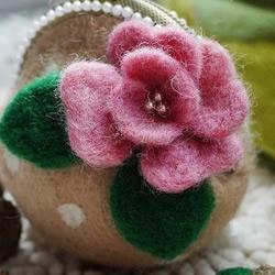 漂亮羊毛毡口金包/零钱包手工制作教程
