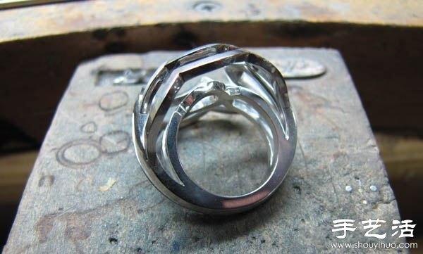 绿宝石戒指的手工制作过程