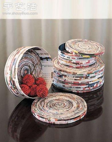 手工制作的各种手工工艺品,有收纳用小器具,装饰版画,相框,小纸筒等等