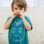 插画师妈妈手工DIY的可爱宝宝T恤