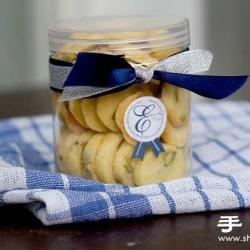 开心果曲奇饼干的做法 自制好吃的曲奇饼干