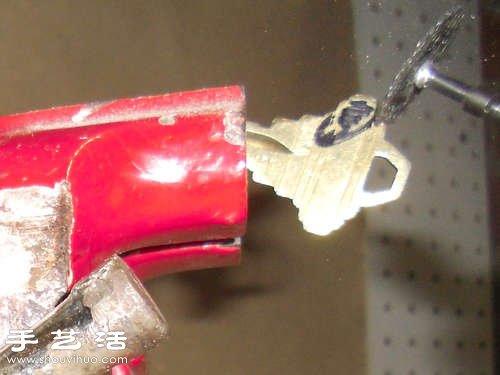 給鑰匙DIY開瓶器功能