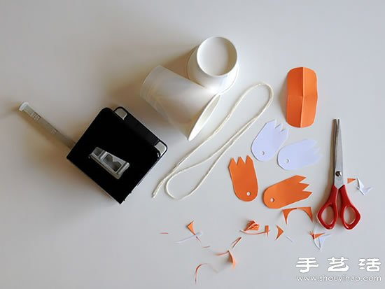 一次性纸杯手工制作可爱鸭子玩偶