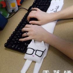 猫咪造型布艺键盘垫的手工制作教程
