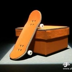 手指滑板表演精彩视频