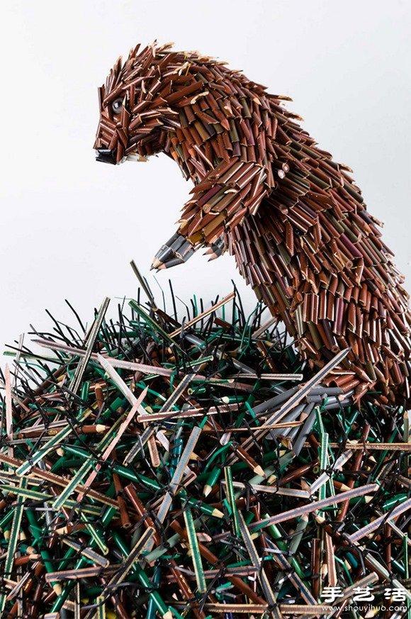 彩色鉛筆DIY而成的創意雕塑