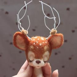 羊毛毡+铁丝 手工制作沉思的梅花鹿教程