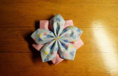 不织布手工制作花朵装饰图解教程