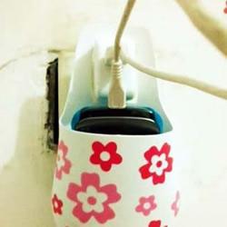 废弃的洗发水瓶/沐浴液瓶DIY收纳充电盒