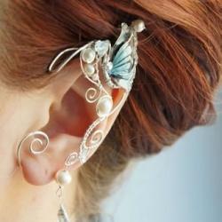 俄罗斯女生DIY的华丽精灵耳饰