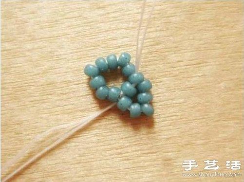 串珠五角星项链吊坠手工制作图解教程