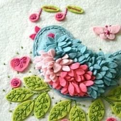 毛毡布制作的可爱小鸟