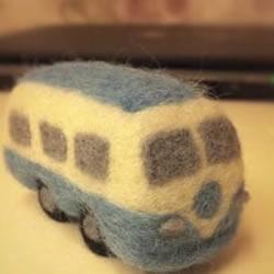 羊毛毡制作的火车头