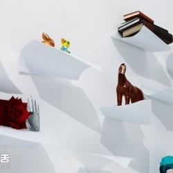YOY设计:模仿飞舞A4纸张的钢制书架