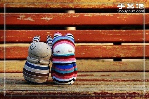袜子娃娃玩偶:女孩与她的宠物狗 -  www.shouyihuo.com