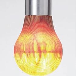 日本艺术家打造能透出灯光的超薄木头灯