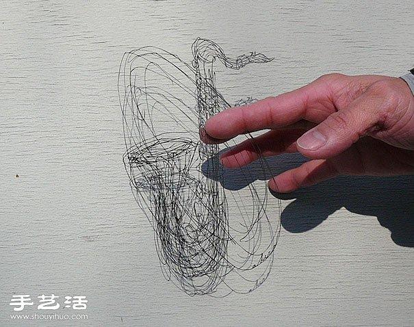 巧奪天工 用刀片切割出如鐵線般細緻的紙雕