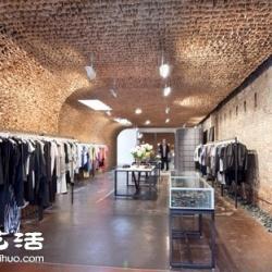 超大空间服饰店装修设计